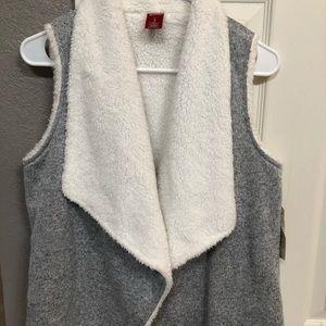 Girls Sherpa Vest (NWT)